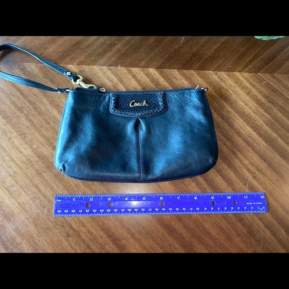 Large Convertible Coach Wristlet Wallet Bag